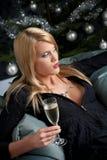sexig kvinna för blond champagnejul Royaltyfri Foto