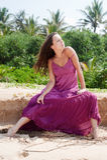 sexig kvinna för klänning Royaltyfria Bilder