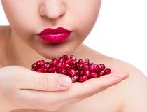 sexig kvinna för pomegranate Fotografering för Bildbyråer