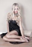 Sexig kvinna med blont hår Royaltyfria Bilder