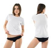 Sexig kvinna med den tomma vita skjortan och underbyxor Arkivfoto
