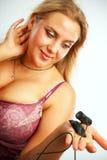 Sexig kvinna med webcamera Arkivbild