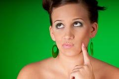 sexig tänkande kvinna för brunett Arkivbild