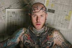 sexig tatuering för man Arkivfoton