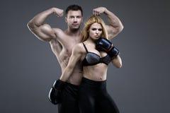 Sexiga par av idrotts- folk Royaltyfria Bilder