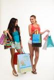 Sexiga shoppingflicka-vänner arkivbild