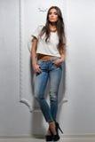 Sexigt posera för kvinna för modemodell Royaltyfria Foton