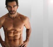 sexigt shirtless för man Arkivfoto