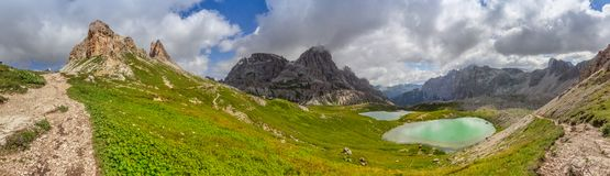 Sextner sten i Dolomiteberg Arkivfoton