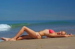 Sexy bikinimeisje Stock Foto