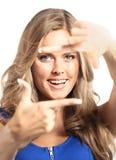 Sexy blonde Dame im blauen Kleid lokalisiert auf Weiß Lizenzfreie Stockfotografie