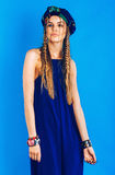 Sexy blonde Frau im überseeischen Turban und Gesamt Stockbilder