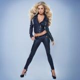 Sexy blonde junge Frau Lizenzfreie Stockbilder