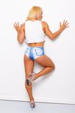 Sexy blonde sportieve vrouw Stock Afbeelding