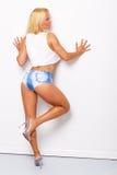 Sexy blonde sportieve vrouw Stock Foto