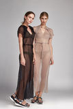 Sexy Brunette zwei Frau der schönen Mode und blond Stockbilder