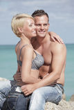 Sexy couple at the beach Royalty Free Stock Photography