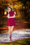 Sexy de herfstvrouw Stock Foto's
