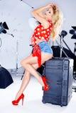 Sexy elegant model in een spruit van de studiofoto Stock Foto