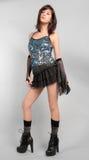 Sexy Frau in der Paillette-Spitze und Mini Skirt Stockfoto
