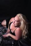 Sexy Frau ihre mittleren Fünfziger Jahre Stockfotografie