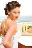 Sexy jonge donkerbruine bruid stock fotografie