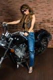 Sexy Mädchen auf Motorrad Stockbild