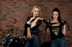 Mädchen auf Motorrad Lizenzfreie Stockbilder