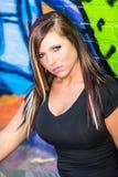 Sexy Mädchenmode-modell mit dem braunen Haar Lizenzfreies Stockfoto