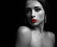 Sexy Make-upfrau mit ruhigem Blick Kunst Stockfoto