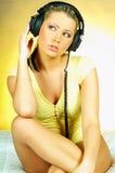 Sexy Meisje met hoofdtelefoons stock fotografie
