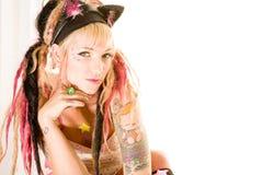 Sexy meisje met tatoegeringen royalty-vrije stock fotografie