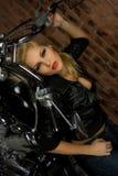 Sexy meisje op motor Stock Foto