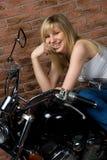 Sexy meisje op motor Royalty-vrije Stock Fotografie