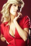 Sexy meisje in rode blouse royalty-vrije stock foto