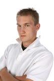 mens in wit met omhoog kraag Stock Foto's