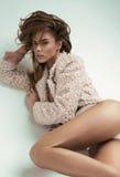 Sexy Modellaufstellung lizenzfreies stockfoto