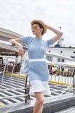 Sexy mooie de zomerstemming toevallig c van de mannequin donkerbruine vrouw Royalty-vrije Stock Foto