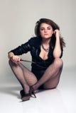 Sexy mooie vrouw met mes Royalty-vrije Stock Afbeeldingen