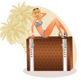 Sexy Reisemädchen des blonden Sommers Lizenzfreie Stockbilder