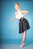 Sexy retro vrouw die haar vinger schudden Stock Foto