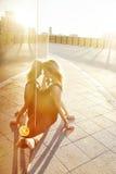 Sexy schöne blonde Frau mit perfekter Athletenzahl Tanz Lizenzfreie Stockbilder