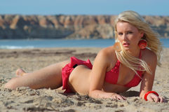 Sexy strandmeisje Stock Afbeeldingen