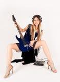 Mooie vrouw met gitaar Royalty-vrije Stock Fotografie