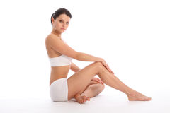 Sexy vrouw met lange benen met geschikt gezond lichaam Royalty-vrije Stock Fotografie