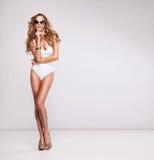 Sexy vrouw in zwempak Stock Foto