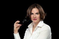 Sexy Vrouwelijke Modelwhite shirt holding-Zonnebril Royalty-vrije Stock Afbeelding