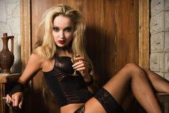 Sexy vrouwenflirt Royalty-vrije Stock Foto's