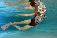 Sexy wijfje snorkeler Royalty-vrije Stock Afbeeldingen