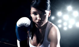 Sexy woman boxing Royalty Free Stock Photos